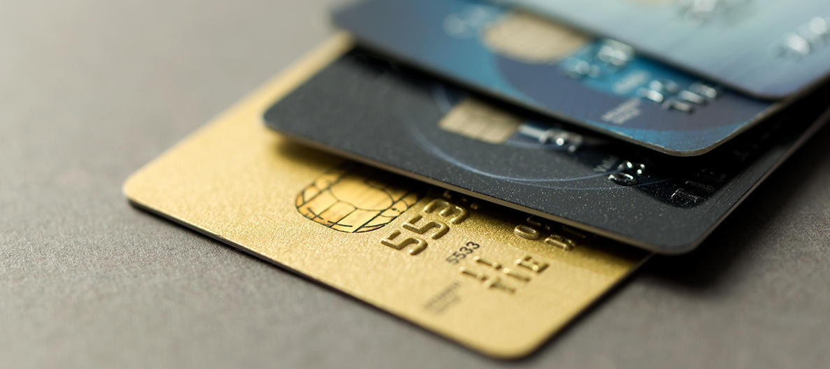 Which Credit Cards Are Right for You? | Charles Schwab